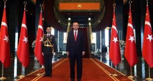 اردوغان يصادق على قانون التعديلات الدستورية قديسمح له بالبقاء في السلطة حتى 2029