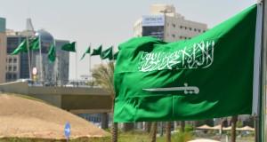 مسلح يهاجم قوات الأمن السعودية عند باب القصر الملكي في جدة