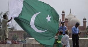 البرلمان الباكستاني ينتخب رئيس الوزراء الجديد بعد إقالة نواز شريف